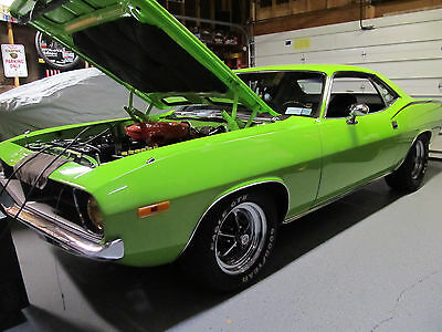1972 Plymouth Barracuda  1972 Plymouth Cuda 340 4 speed