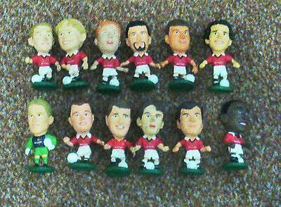 12 Manchester United Corinthian Football Figures-1995/96