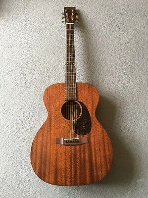 Martin 000-15M  Solid Mahogany In Excellent Condition With K&K Pickup/OHSC