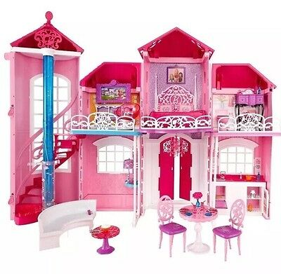 Barbie Malibu House & Accessories
