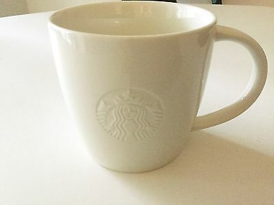 NEW STARBUCKS Embossed Siren V Venti 20 oz Coffee Cup Mug COLLECTOR'S HOLIDAY