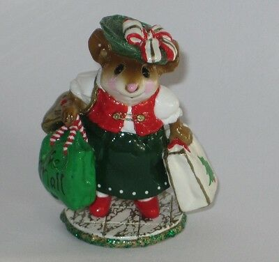Wee Forest Folk - M-264 MALL MOM, special Christmas edition