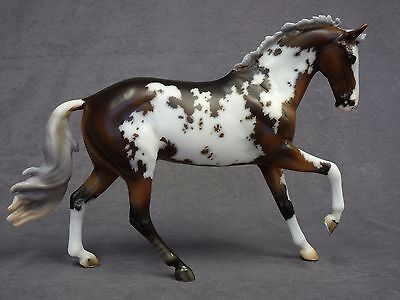 Breyer * True North * 90184 Premier Club Pinto Warmblood Traditional Model Horse