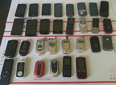 Cell Phone  Lot of 30 cell  for parts or gold recovery..