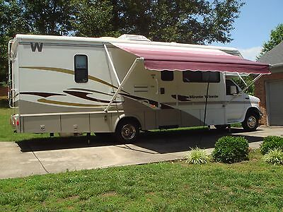 Winnebago Minnie Winnie 2003 Low Miles Excellent Condition