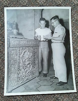1950's REAL MILITARY PHOTO US NAVY Artifact Discovery 8X10