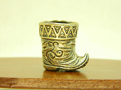 Vintage bras thimble made in 1980 Russian art Baghdad mage boots