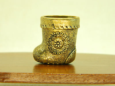 Vintage bras thimble made in 1980 Russian art Santa boots