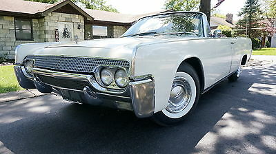 1961 Lincoln Continental SUICIDE DOOR FACTORY AIR CONDITIONING NEW HAARTZ CLOTH TOP PS NEW WHITEWALLS MAKE OFFER SALE
