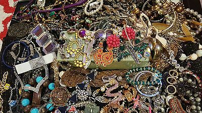 Mixed Jewelry Lot 240+ pieces 14+lbs Vintage/New Neck/Bracelets Pins Earrings