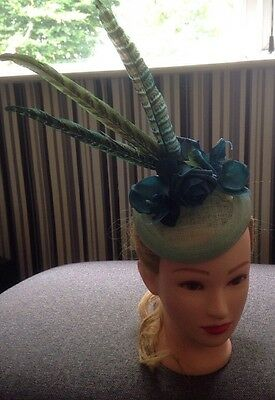 💗 TEAL Blue Green Orchid Flower Feathers Fascinator Hat Races Wedding Headpiece