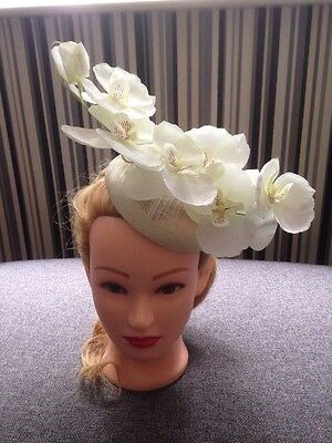 💗 CREAM IVORY Orchid Flower Floral Fascinator Hat Races Wedding Headpiece