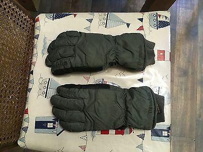 gore-tex gloves medium used-good