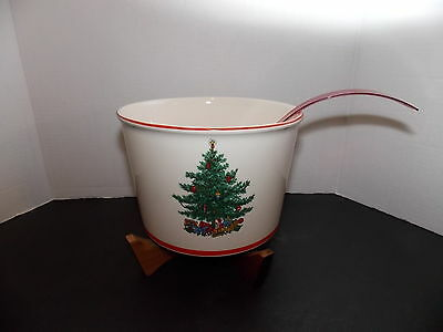 "Taylor, Smith & Taylor ""Holly & Spruce Holiday Bowl w Plastic Ladle & Wood Stand"