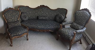Solid Oak Antique French 1800's Couch And 2 Chairs... Fabulous! Hand Carved!