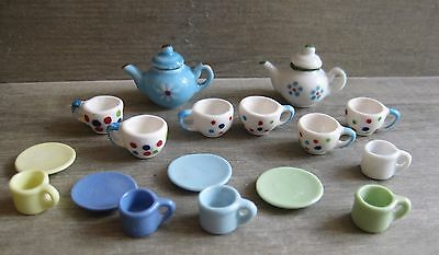 Assortment of 1/12th Scale Dolls House Miniatures - Colourful Crockery - Lot 4