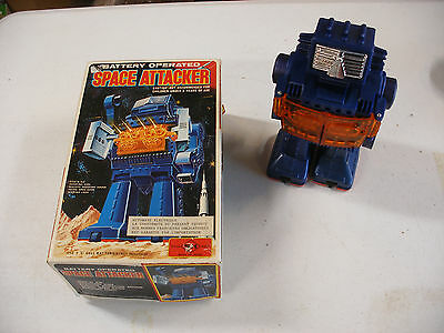 Japan Horikawa S&h Space Attacker Battery Operated Robot Works Excellent Box