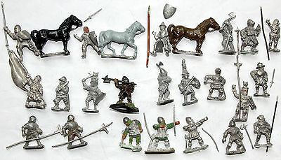 wargames 28mm medieval infantry & cavalry white metal