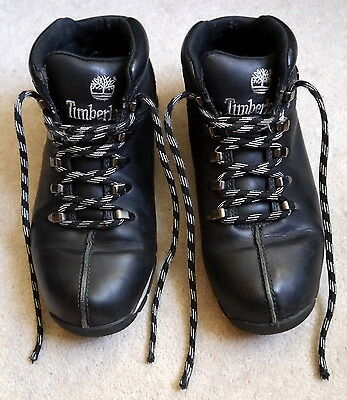 Mens Timberland black leather boots size 8.5M