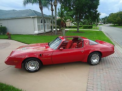 1981 Pontiac Trans Am RED 1981 TURBO TRANS AM -LIKE  NEW - TOTALLY RESTORED INSIDE AND OUT -SHOW  QUALITY