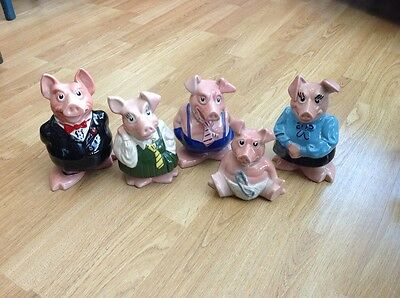 Wade Set Of Five Natwest Pig Family Money Boxes