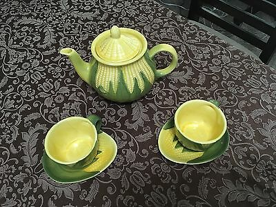 Vintage Shawnee Corn King #75 Teapot 2 Cups  #90 & 2 Saucers #91