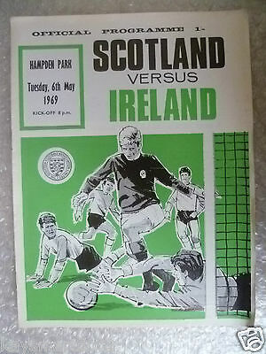 1969 Official Programme SCOTLAND v IRELAND, 6 May