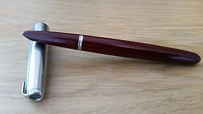 Vintage Parker 51 Fountain Pen - Burgundy Body with 14k Gold nib