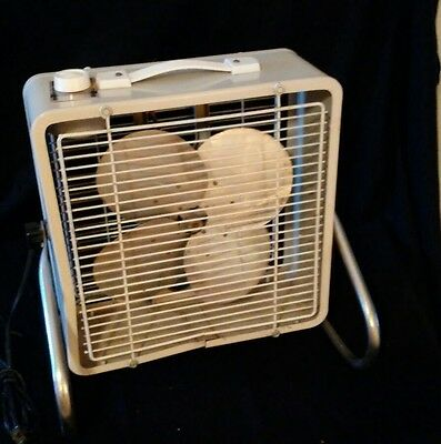 Vintage Manning Bowman McGraw Edison Small Metal Box Fan 3 SPEED 4 Blade 14.75""