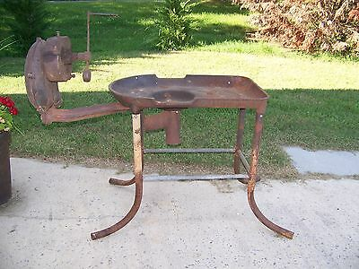 Champion Blacksmith Coal Forge Black Smith Blower Cast Iron Forged Steel Anvil