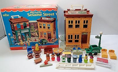 VINTAGE Fisher Price SESAME STREET #938 100% Complete with Count & Franklin BOX