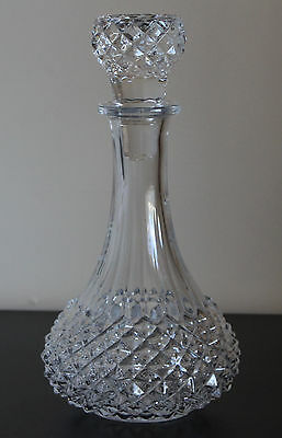VTG. DIAMOND CUT CLEAR CRYSTAL/ GlASS LIQUORS WINE DECANTER WITH STOPPER 10 3/4