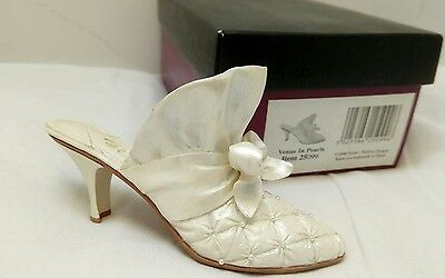 Just The Right Shoe Venus In Pearls 25099 Boxed