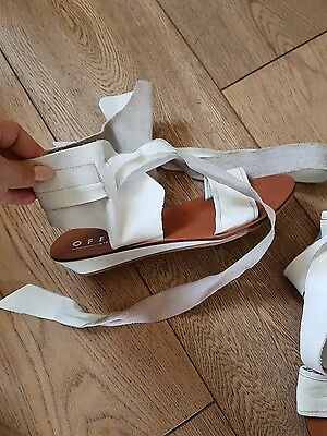 Ladies Office Leather White Summer Sandals Summer Shoes Size 4!