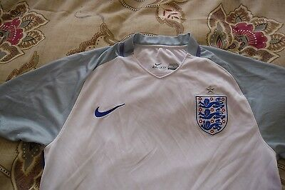 Nike England football shirt 2016-18 size XL