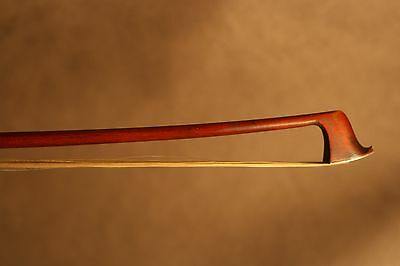 Bel archet de violon ancien 1900 - old violin bow 1900.
