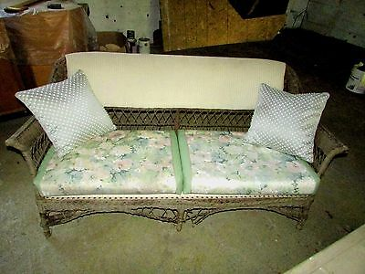 Wicker Couch Antique 1920s