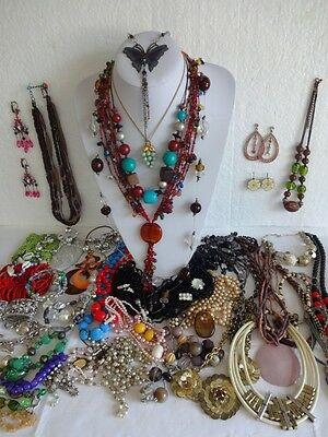 Job Lot Broken Vintage Costume Jewellery, for Repair, Harvest, Craft, Lot 59