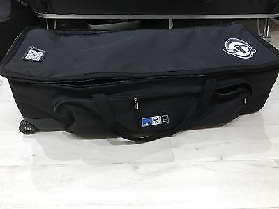 Protection Racket Hardware Case With Handle And Wheels
