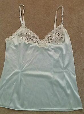 Vanity Fair Sz 4 -Blue Camisole With White Lace- Fitted With Darts