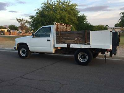 1990 Chevrolet Other Pickups  1990 Chevrolet Flatbed Pickup W/ Lift Gate