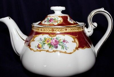 Royal Albert Lady Hamilton England 4 Cup Teapot Excellent Condition