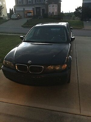 2002 BMW 3-Series Black 2002 BMW 325i