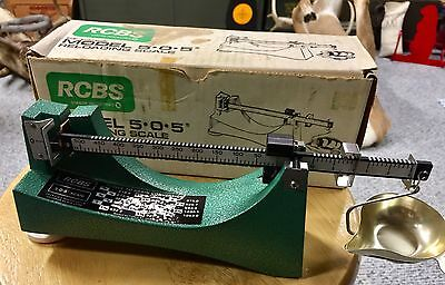 Vintage RCBS 510 Micrometer Powder/Bullet Scale reloading/loading Ohaus magnetic