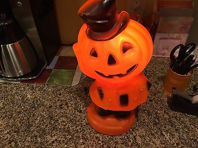 Vintage 1969  Halloween Blow Mold Plastic  Scarecrow Lights Pumpkin Empire