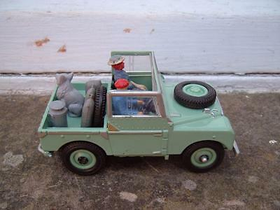 Britains 1:32 Series 1 1948 Land Rover Swb Open With Added Figures Dog Etc