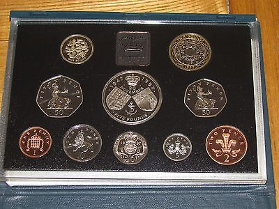 SUPERB ROYAL MINT PROOF COIN YEAR SET 1997 - Birthday or Anniversary Gift?