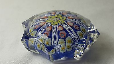 Strathearn glass 8 pointed star shaped glass paperweight millefiori
