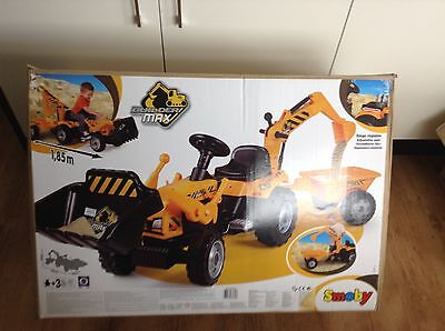Smoby Builder Max Ride on Pedal Tractor With Trailer boxed (2)