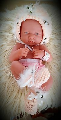 HAND KNITTED BONNET BOOTEES PREEMIE BABY 3-4llB OR 14INS REBORN BERENENGUER  ETC